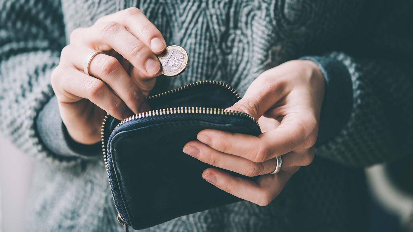 portomonnee met geld